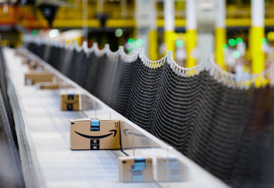 Top Amazon Web Services engineer resigns after worker firings